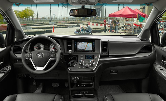 No Matter Where You Sit In The Sienna, You Can Expect To Feel Like A VIP,  Especially If Youu0027re The One Behind The Wheel. With A Wraparound Dashboard  Design, ...