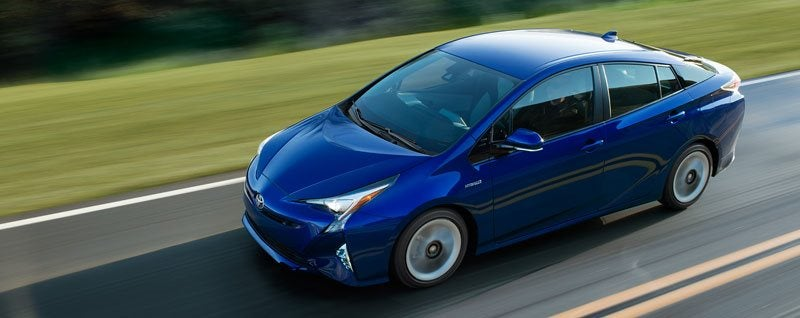 2017 Toyota Prius Review